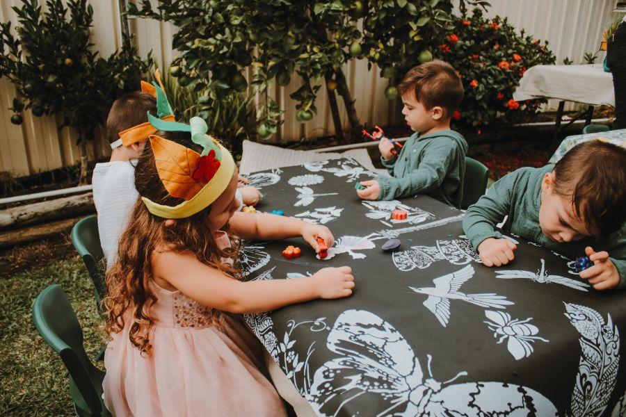 Helan Tero table art magical garden party
