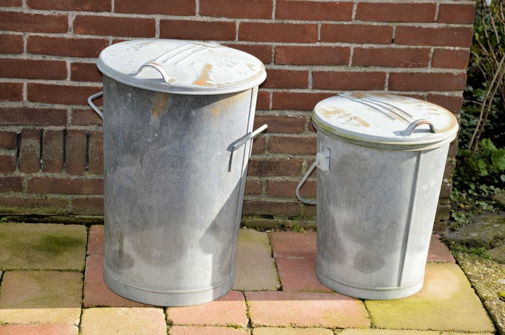 how to label bins for a low waste patry