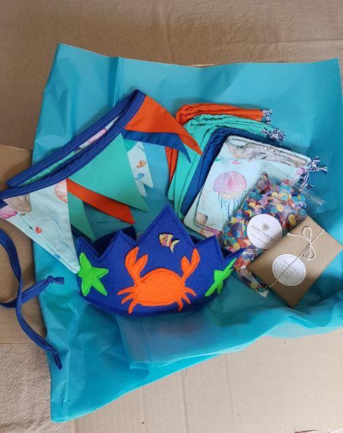Under the sea mini theme box